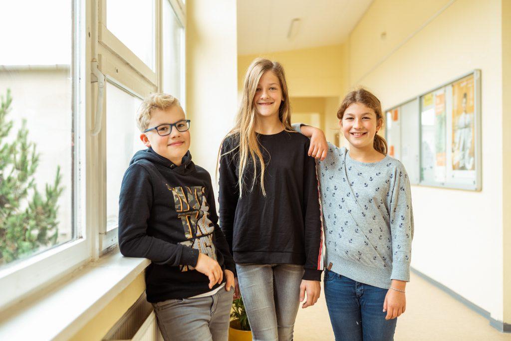 Schülermitwirkung – Schülerrat und Streitschlichter – Julius (5a) Enna (5c) und Katharina (5b)